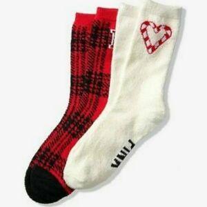 PINK VS Cozy Crew Socks Gift Set